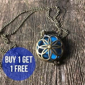 Jewelry - Boho Aromatherapy Diffuser Locket with Pad